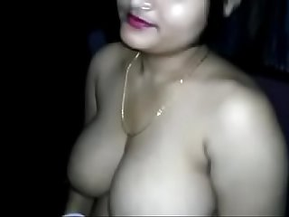 Indian aunty goes nude